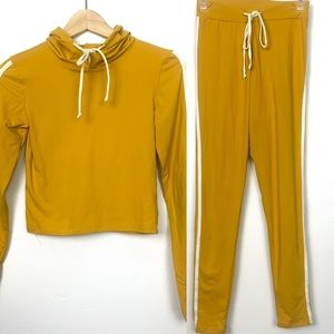 SWS activewear set sweatshirt and pant size S